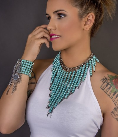 TURQUOIS WATERFALL - MEDIUM (Collar)