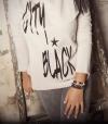 FELPA CITY BLACK (estampado negro)